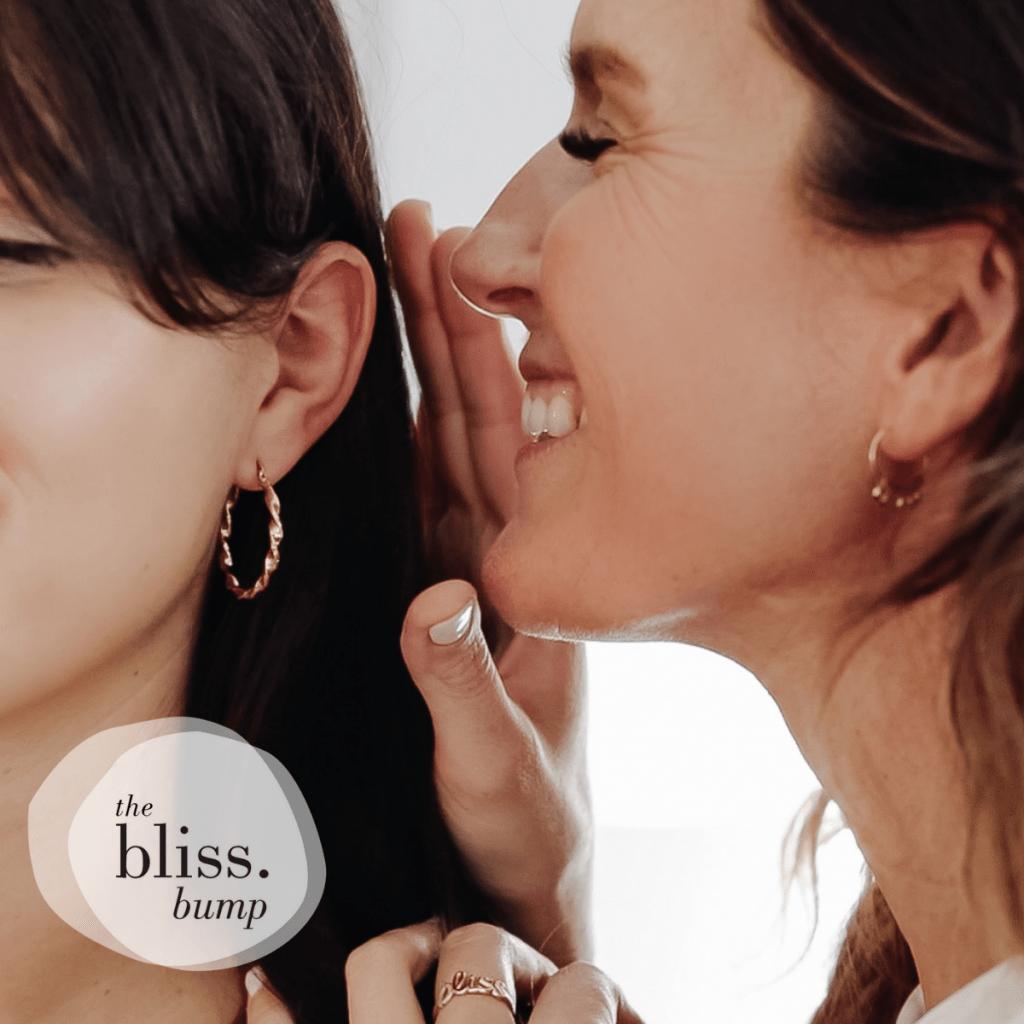 The Bliss Bump - Clémentine murmure à l'oreille des femmes