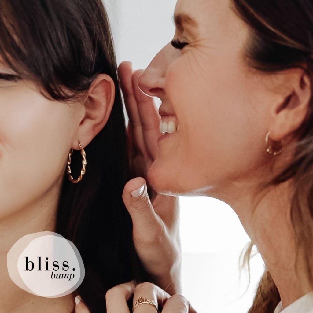 Bliss Bump murmure à l'oreille des futures mères